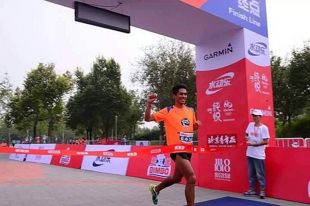 China: Atleta peruano Julio Seminario ocupó el primer puesto en Carrera Global Energy Race