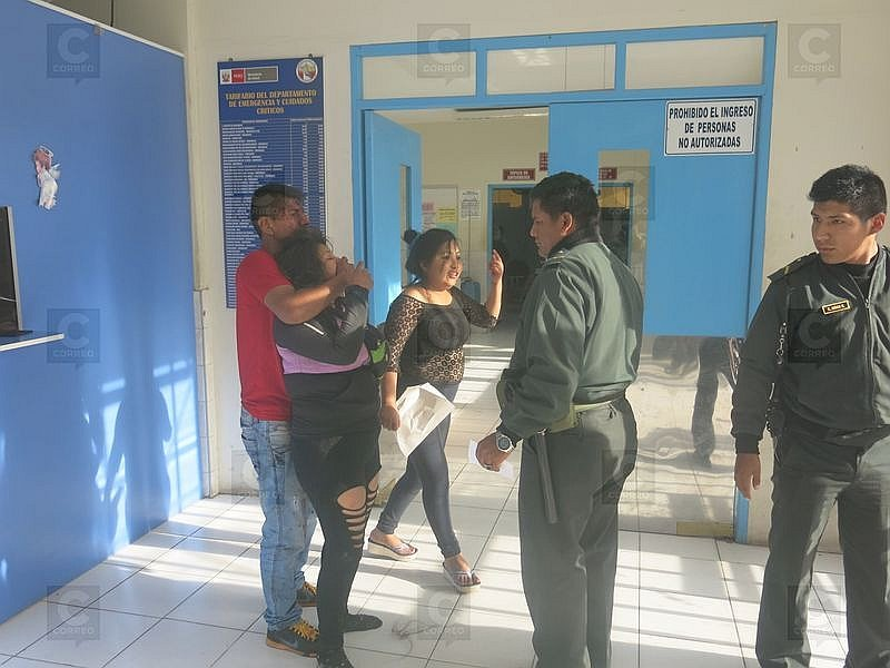Mujeres se arrancan los cabellos tras escandaloso incidente en Tacna (VIDEO)