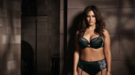 Bella modelo Ashley Graham revienta las tallas grandes (VIDEO y FOTOS)