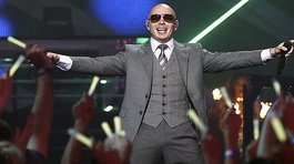 Pitbull tendrá su estrella en el Paseo de la Fama de Hollywood (VIDEOS)