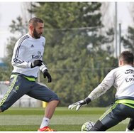 Real Madrid: Karim Benzema regresa a los entrenamientos (VIDEO)