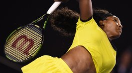 Serena Williams sigue firme en la cima de la WTA