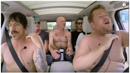 YouTube: Los Red Hot Chili Peppers se desnudaron para cantar sus grandes éxitos  (VIDEO)