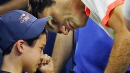 ​YouTube: Roger Federer salva a niño de ser aplastado en tribuna (VIDEO)