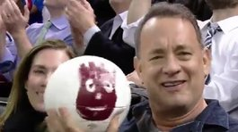 ​YouTube: Tom Hanks y su reencuentro con su amigo 'Wilson', 15 años despúes (VIDEO)