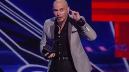 "Pitbull advierte a Donald Trump: ""¡Ten cuidado con ""El Chapo"", papo!"" (VIDEO)"