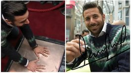 "​Claudio Pizarro plasma sus huellas e ingresa al ""Mall of Fame"" de Bremen (FOTOS)"