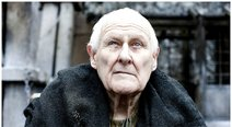 Game of Thrones: Muere a los 93 años Peter Vaughan, el maestre Aemon