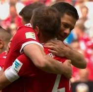 ​Bayern Múnich: así fue la emotiva despedida de Philipp Lahm y Xabi Alonso (FOTOS Y VIDEO)