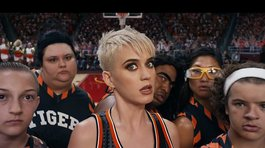 Katy Perry arrasa con videoclip de 'Swish Swish' rodeada de famosos (VIDEO)