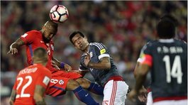 ​Chile vs Paraguay: Arturo Vidal protagoniza 'blooper' al marcar autogol (VIDEO)