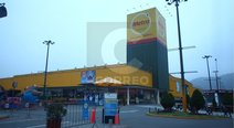 "​Independencia: asaltan supermercado ""Metro"" y se llevan celulares (VIDEO)"