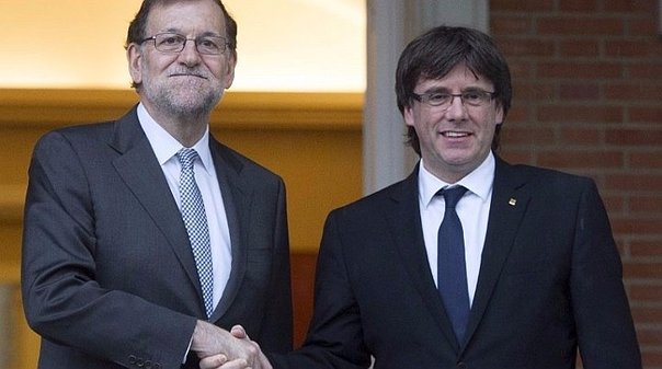 Puigdemont vs. Rajoy: expectativa ante posible encuentro de líderes políticos (VIDEO)