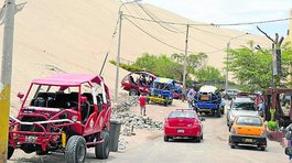 Conductor de tubular queda grave tras sufrir accidente en Huacachina