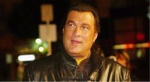 Steven Seagal: actor de 'Duro de matar' es acusado de acoso sexual (FOTOS)