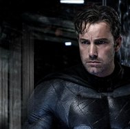 Ben Affleck robó icónico accesorio de Batman y Warner Bros lo descubrió (VIDEO)