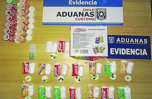Peruana llevaba droga a Chile en chicles