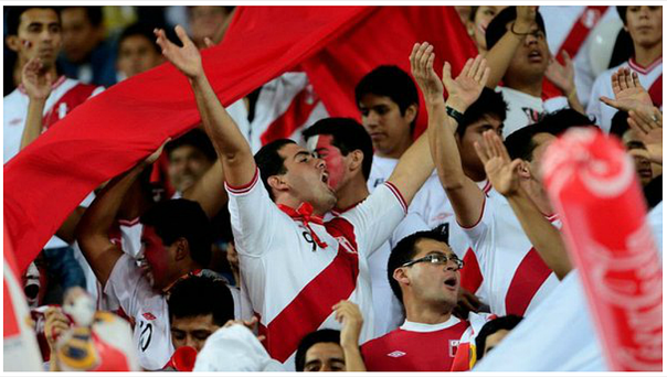 Perú vs. Suecia: hinchas peruanos se concentran en Gotemburgo (VIDEO)
