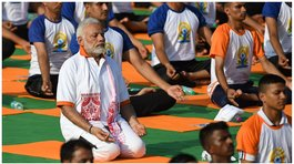 ​India celebra el Día Internacional del Yoga (FOTOS y VIDEO)