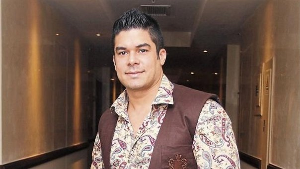 Jerry Rivera regresa al Perú tras sufrir lamentable accidente (VIDEO)