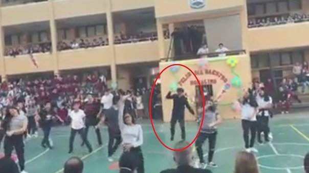 Facebook: Alumno arruinó coreografía escolar con famoso baile de Fortnite (VIDEO)