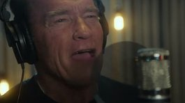 Actor ​Arnold Schwarzenegger debuta como rapero (VIDEO)