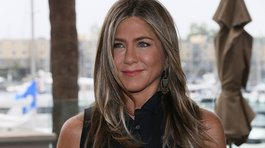 "Jennifer Aniston publica foto con el elenco de ""Friends"""
