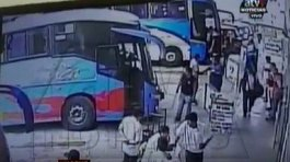 Video muestra a víctimas de tragedia en Pasamayo abordando el bus (VIDEO)