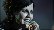Conmoción por muerte de Dolores O'Riordan, voz de The Cranberries (VIDEO)