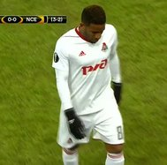 Jefferson Farfán sufrió una lesión en partido por la UEFA Europa League (VIDEO)