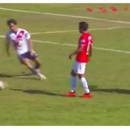 ​Wilmer Aguirre falló increíble gol tras brillante jugada de Reimond Manco (VIDEO)