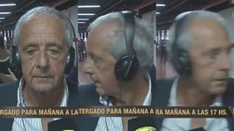Presidente del River Plate sale corriendo de entrevista tras ver disturbios (VIDEO)